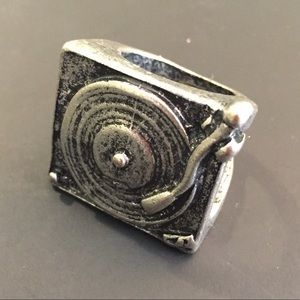 Jewelry - Vintage Silver Metal Record Player Ring - Size 7